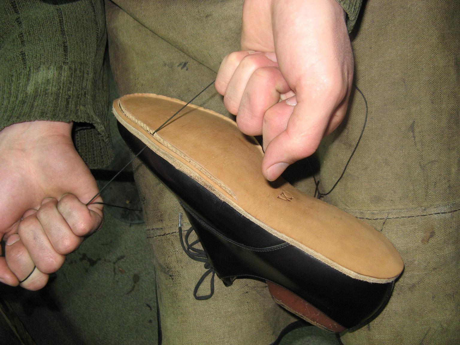 Как сделать бизнес по ремонту обуви