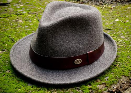 шляпа-федора